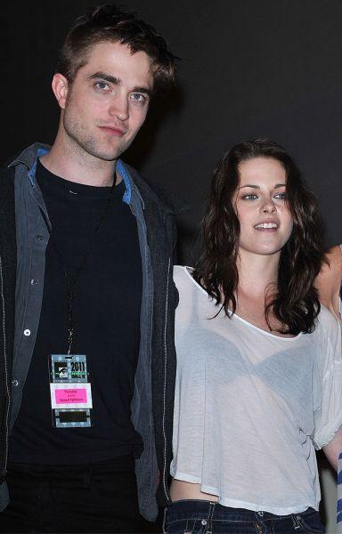 Robert Pattinson mit Kristen Stewart, Comic-Con 2011