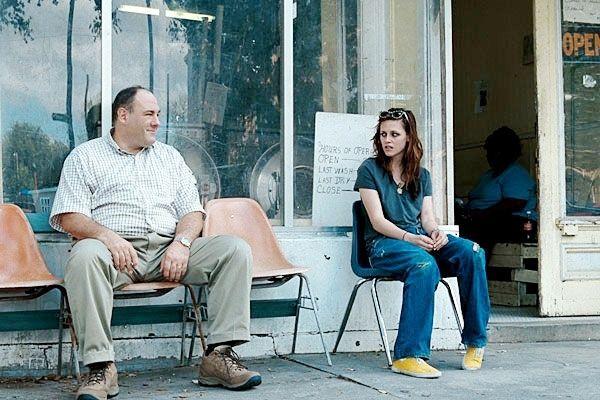 James Gandolfini als Doug Riley und Kristen Stewart...leys'