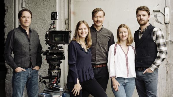 Ballon - v.l.n.r.: Regisseur und Produzent Michael...eginn