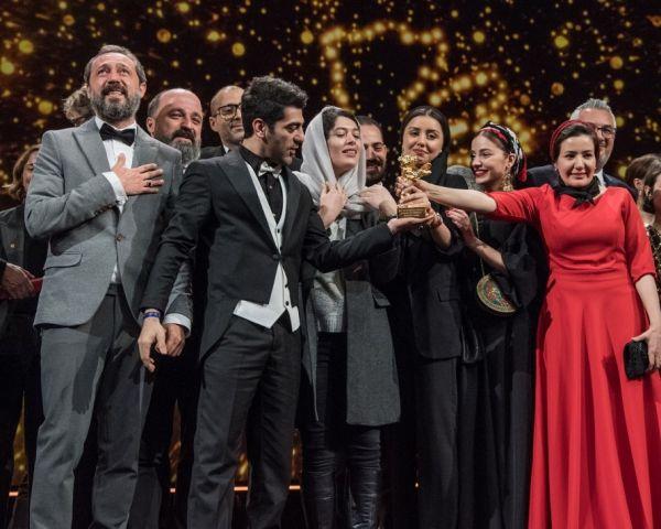 Goldener Bär für den Besten Film 2020: Sheytan vojud...Bühne