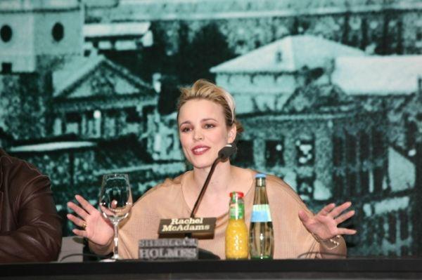 Rachel McAdams - Pressekonferenz 'Sherlock Holmes' ,...inski